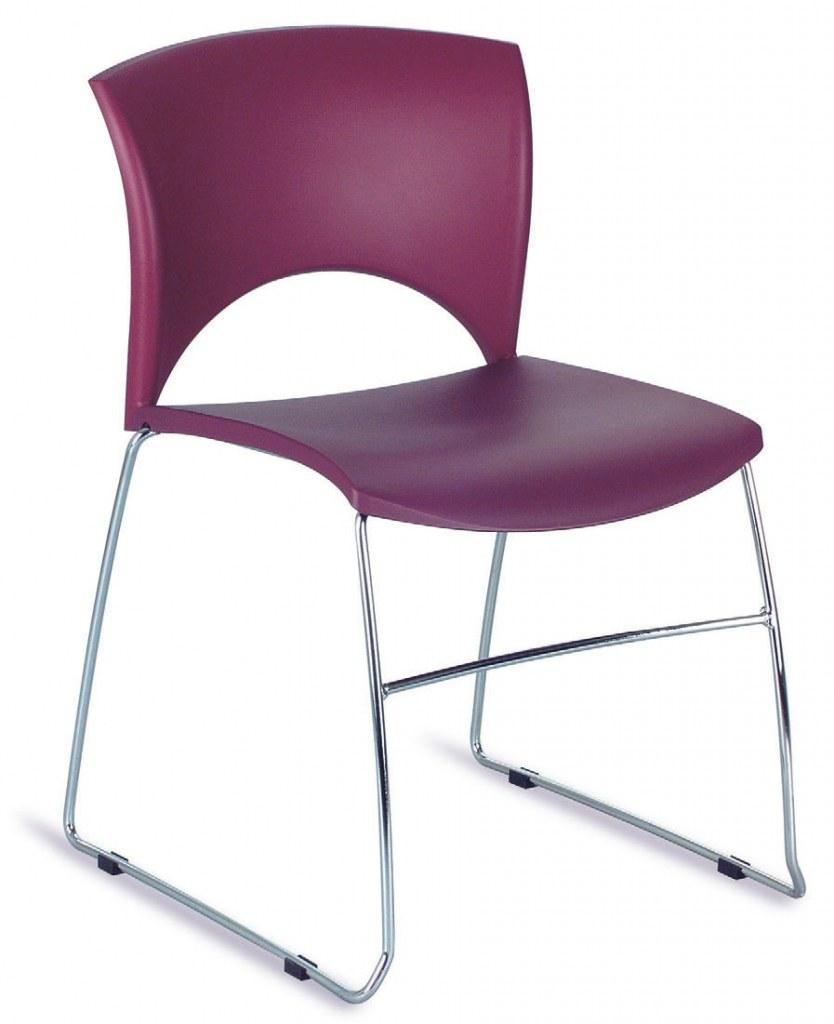 Chaise polyvalente lolla empilable bureaux pour tous for Chaise empilable